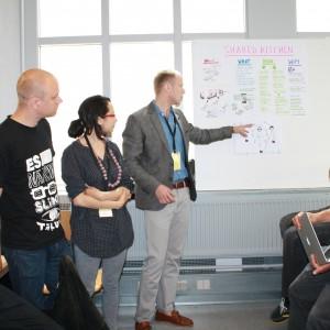 Pomysły studentów były oceniane na bieżąco przez pozostałych uczestników obozu. Fot. Alicja Pietrowska