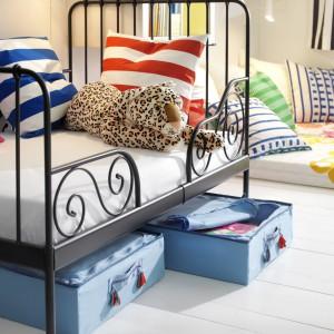 Łóżeczko Minnen ma regulowaną długość, pozwalając na dopasowanie miejsca do spania do wieku dziecka. Fot. Ikea