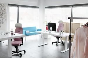 Fotele biurowe. Postaw na kolor