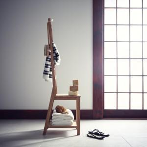 Krzesło z funkcją wieszaka