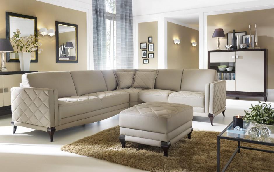 Wybieramy meble - Sofa glamour - pikowana lub w błyszczącej tkaninie - meble.com.pl