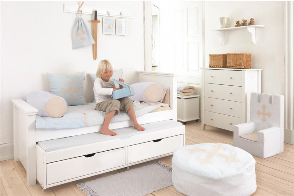 wybieramy meble bia e meble tak naj adniej urz dzisz pok j dziecka. Black Bedroom Furniture Sets. Home Design Ideas