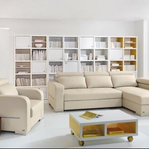Skórzany narożnik Freestyle, firmy Black Red White idealnie sprawdzi się domu kilkuosobowej rodziny. Do narożnika można skompletować także podnóżki oraz fotele. Fot. Black Red White