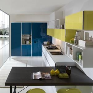 Kolekcja Bijou to modne połączenie koloru żółtego z niebieskim. Fot. Aran