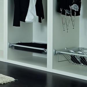 Kosze do garderoby proponowane przez firmę Tco. Fot. TCo.