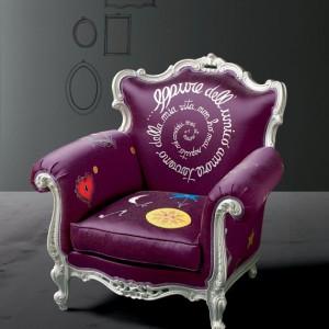 Stylowy i ciekawy fotel włoskiej marki Creazioni. Fot. Creazioni