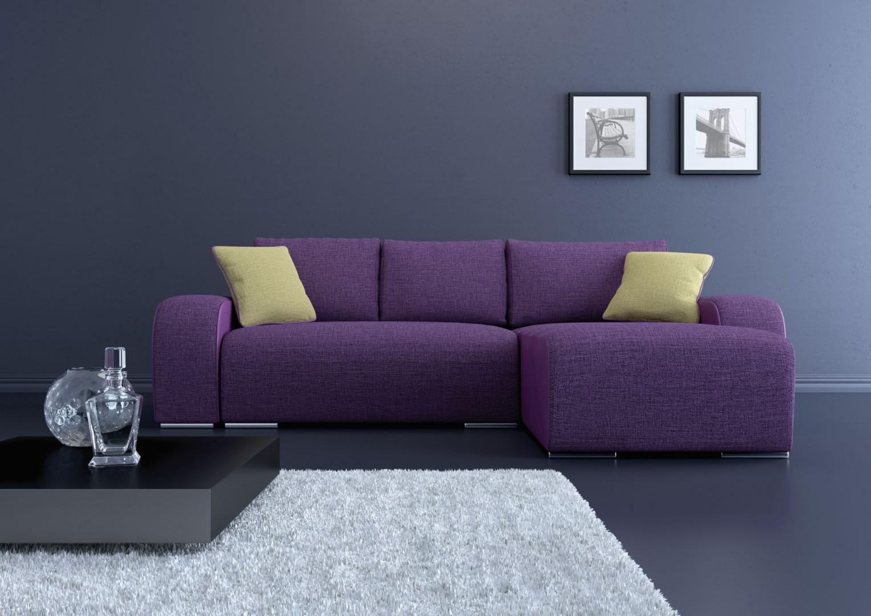 Sofa Rock Lux w delikatnym odcieniu fioletu. Fot. BRW