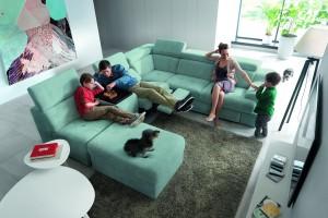 Sofa w salonie. Oto najchętniej kupowane modele