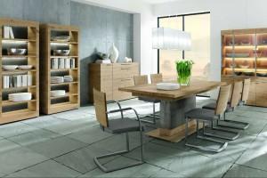 Stół z drewna. Do naturalnej jadalni
