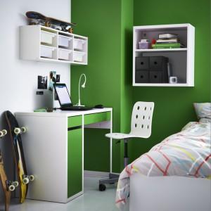 Biurko Micke jest lekkie i idealnie dopasowane do dziecięcych potrzeb. Fot. IKEA
