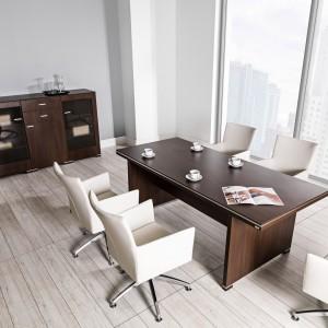 System mebli biurowych Tirion pozwala wygodnie pracować nawet kilku osobom jednocześnie. Fot. Tobo