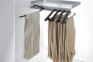 """""""Lina"""" - porządek w garderobie"""