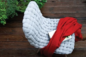 """Krzesło """"Weave"""" - piękno plecionego siedziska"""