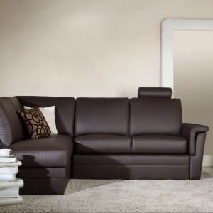 Breno to komfortowy mebel o nowoczesnych prostych kształtach. Fot. Meblomak