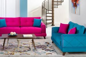 Sofa w salonie. Postaw na mocne kolory