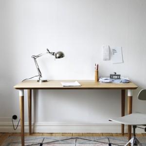 Biurko Hilver. Fot. IKEA