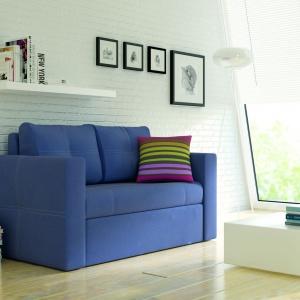 Dwuosobowa sofa Bunio z funkcją spania sprawdzi się w małym salonie lub pokoju młodzieżowym. Fot. BRW