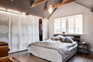 Sypialnia z garderobą. Zobacz jak mieszkają inni