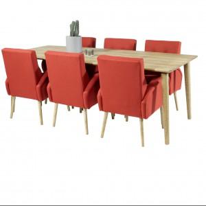 Bardzo modne są krzesła z podłokietnikami, które wyglądem przypominają fotele. Fot. Jadik