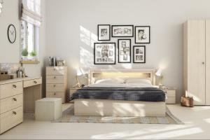 Meble do sypialni z rysunkiem drewna. Piękne!