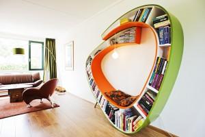 Książki w domu. Oto najbardziej nietypowe półki