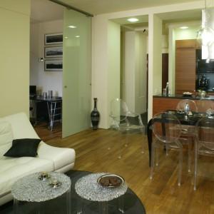 Salon Z Otwarta Kuchnia W Bloku