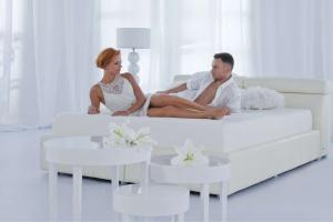 Stylowa sypialnia. Wybierz łoże tapicerowane!