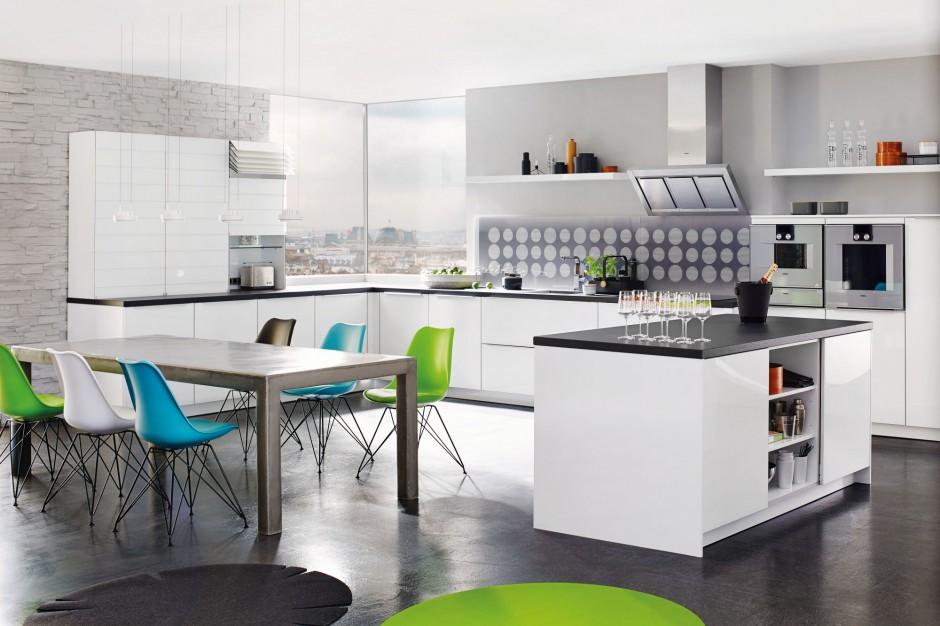 Urządzamy  Modna kuchnia Efektowne kolekcje z żaluzją   # Biala Kuchnia Jaki Kolor Blatu