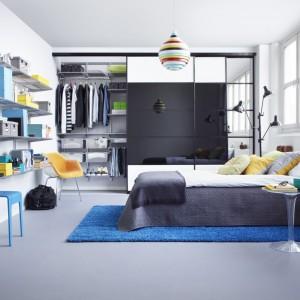 O aranżacji wnętrza garderoby decyduje ilość i rodzaj rzeczy, które posiadamy bądź planujemy w niej przechowywać. Fot. Elfa