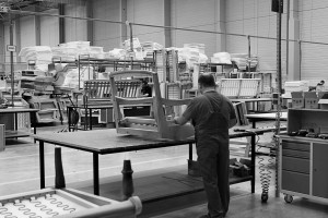 Nowa fabryka mebli tapicerowanych - Sofa.com