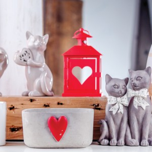 Kolekcja walentynkowa marki Home&You to urocze latarenki, ale też motywy zakochanych zwierząt. Fot. Home&you