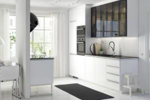 Modna kuchnia. 10 aranżacji w czerni i bieli