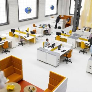 Duże biuro typu open space powinno uwzględniać komfort pracowników tak, aby hałasy nie przeszkadzały w wykonywanych czynnościach, a mimo oddzielnych pomieszczeń, było miejsce na spokojną przerwę. Fot. Kinnarps