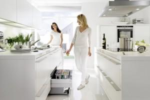 Praktyczna kuchnia. Zobacz jak urządzić wnętrze szafek