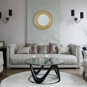 Stolik kawowy może być prawdziwą ozdobą wnętrza. Fot. DFS Furniture