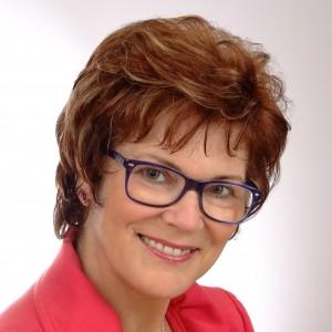 Halina Gotowicz, właścicielka Galerii Mebli Markann (Pisz).