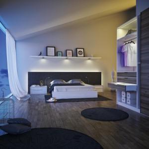 Oświetlenie w garderobie i sypialni. Fot. Hafele