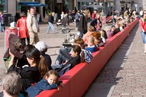 Najdłuższa sofa na świecie pojawi się w Krakowie!