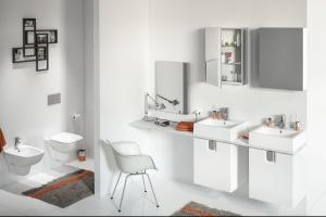 Aranżacja łazienki. Sprawdź 12 nowości w bieli