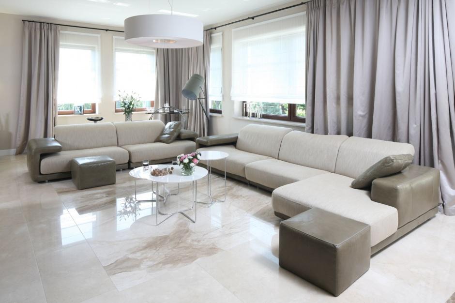 Wybieramy meble sofa w salonie te meble wybrali polacy for Oswietlenie w salonie