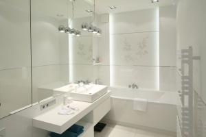 Biała łazienka. Śliczne aranżacje z polskich domów