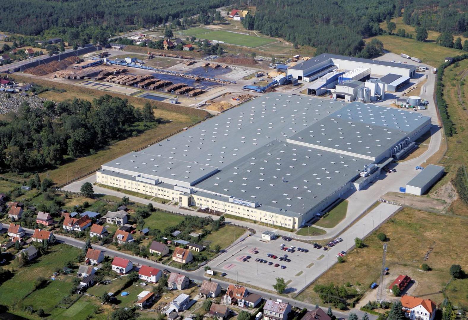 Jeden z największych zakładów meblarskich na terenie Warmińsko-Mazurskiej Specjalnej Strefy Ekonomicznej - IKEA Industry w Wielbarku. Fot. W-MSSE