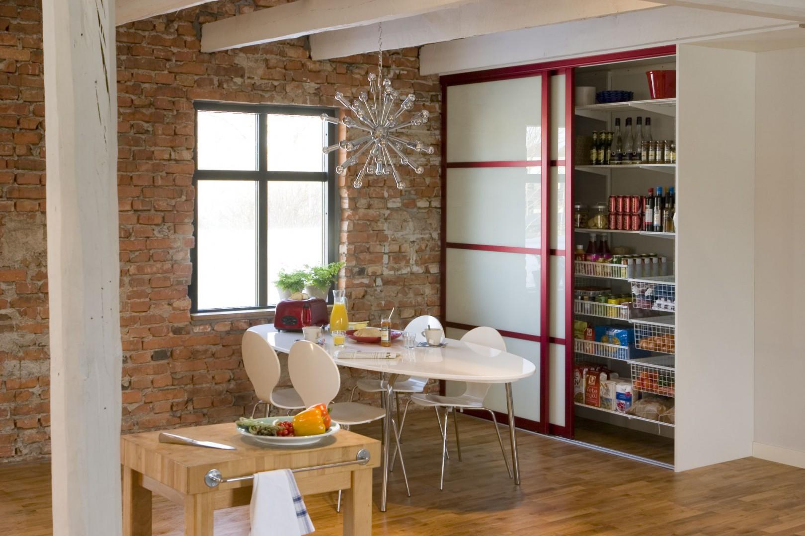 Urządzamy Spiżarnia W Kuchni Zobacz Pomysłowe Rozwiązania