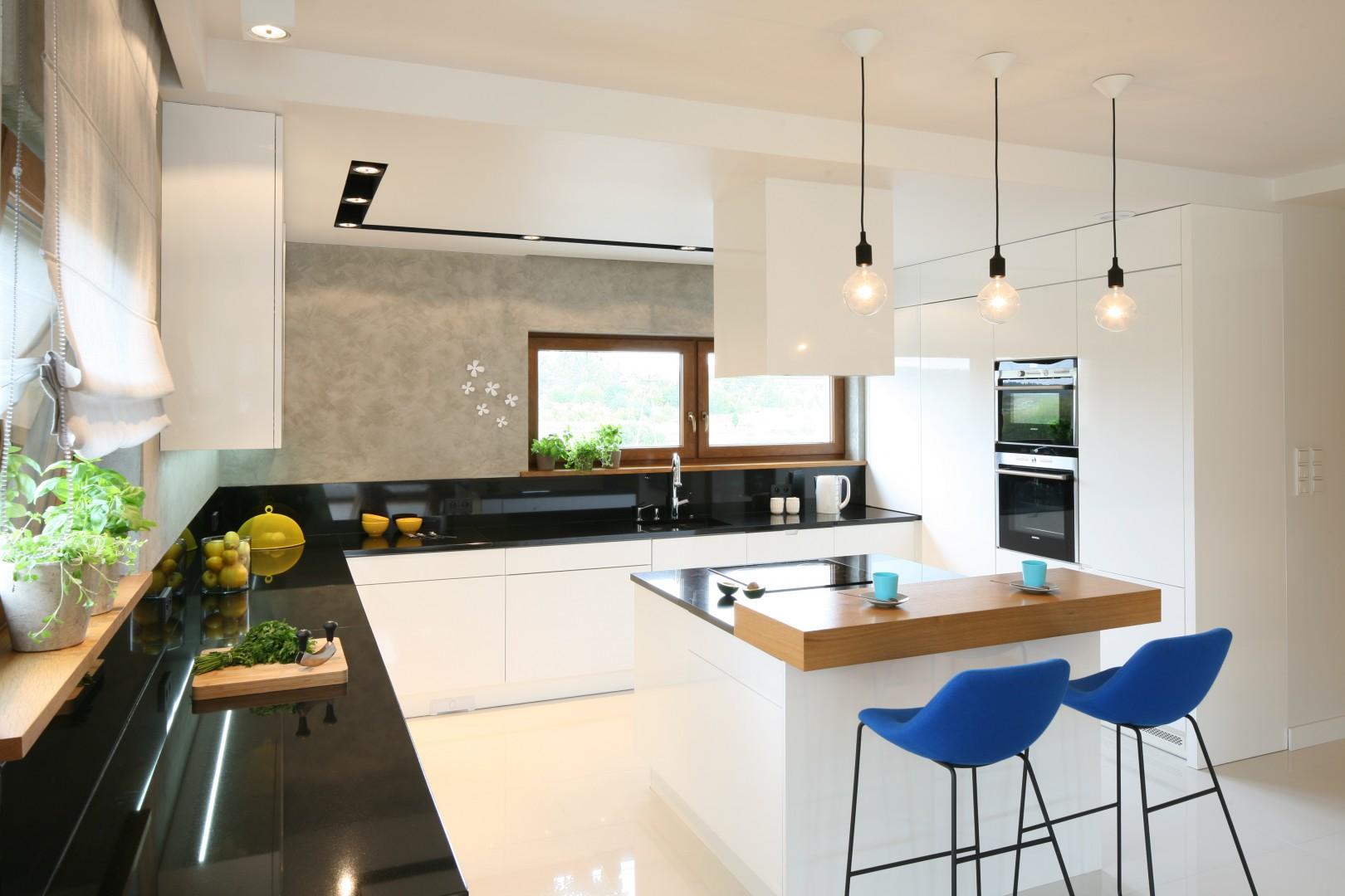 Urządzamy Piękna Kuchnia Aranżacje W Bieli I Czerni