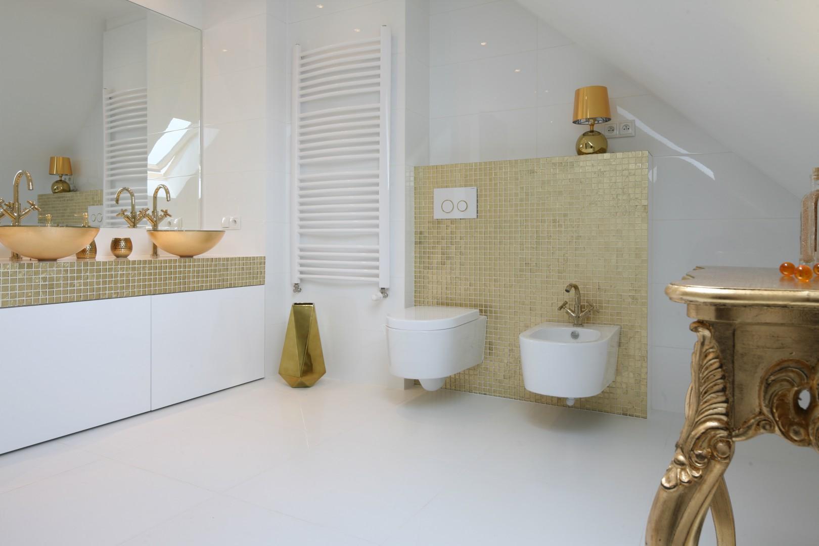 Urządzamy Biała łazienka Zobacz 10 świetnych Projektów