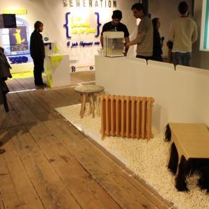 """""""PopUpShow"""" prezentuje prace studentów Uniwersytetu Tomasa Bata w Zlinie, którzy koncentrują się w swoich projektach na drewnie, jako temacie koncepcyjnym i podstawowym materiale. Fot. Piotr Sawczuk"""