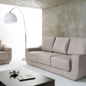 Sofa Chianti wyróżnia się geometryczną formą. Wysokie oparcie zapewnia wygodę wypoczynku. Fot. Black Red White