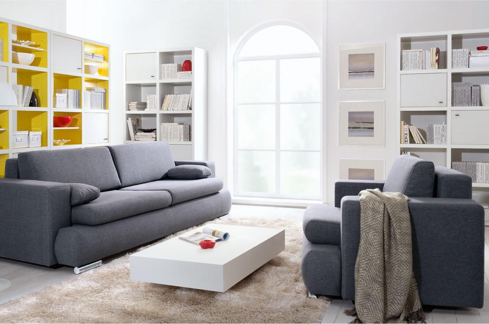Sofa Enzo w modnym szarym kolorze. Fot. Black Red White