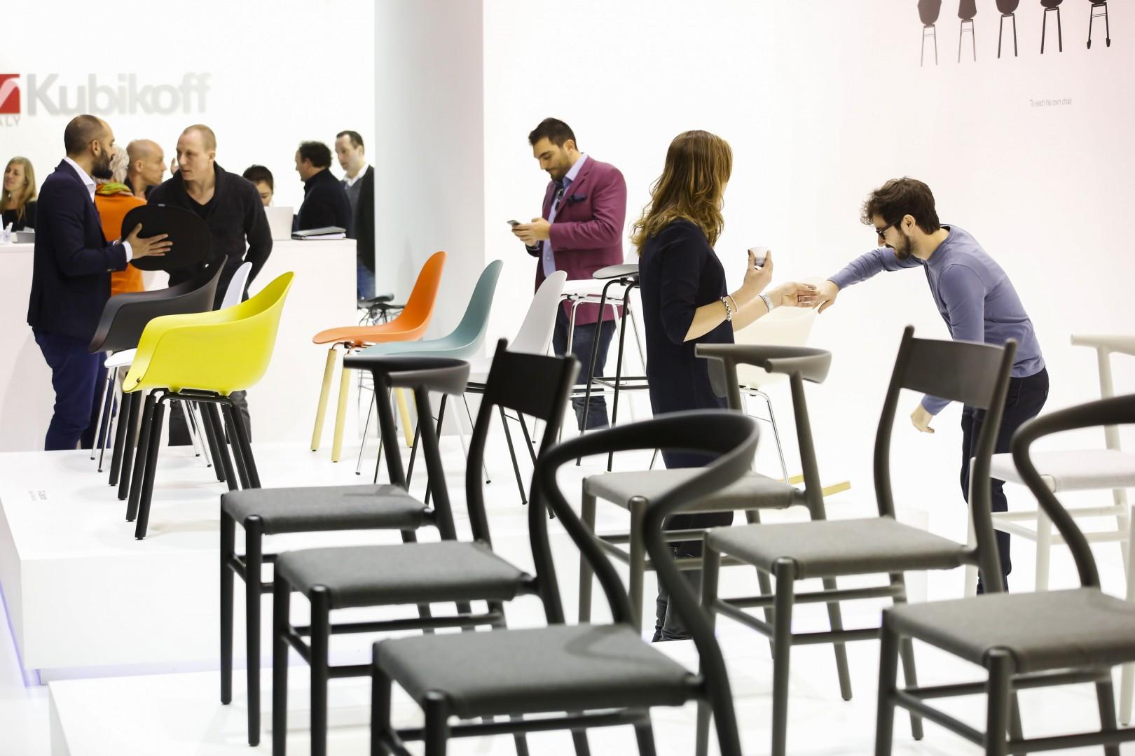 Krzesła marki Toou