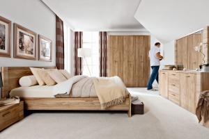 Przytulne łóżka do sypialni. Ceny!